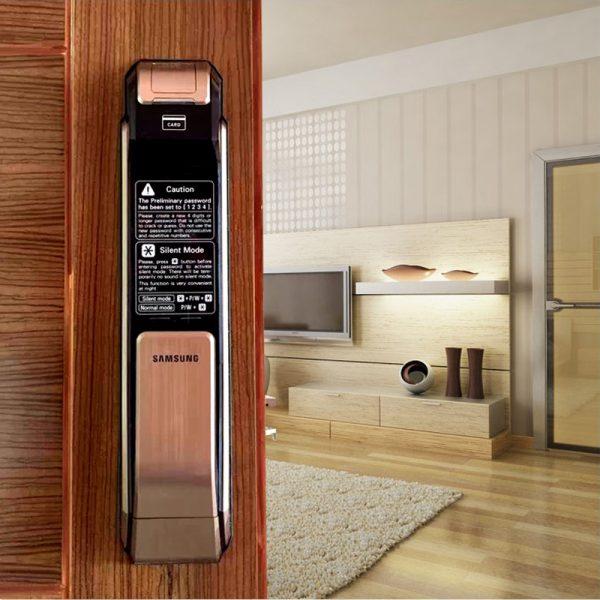 03 Samsung-SHS-P718